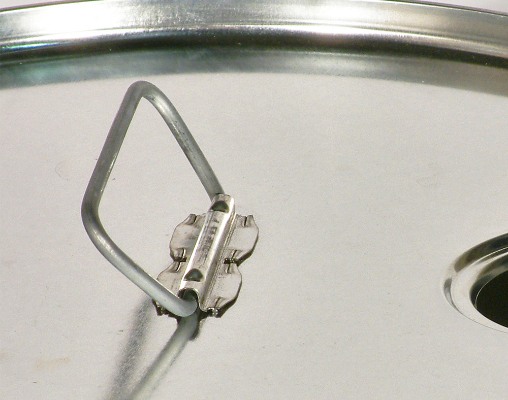 Poignées sur le couvercle applicables sur les emballages à ouverture partielle.